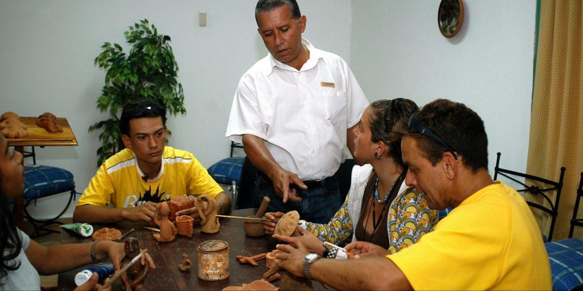 Gruppe personer som rehabiliteres av rusavhengighet.